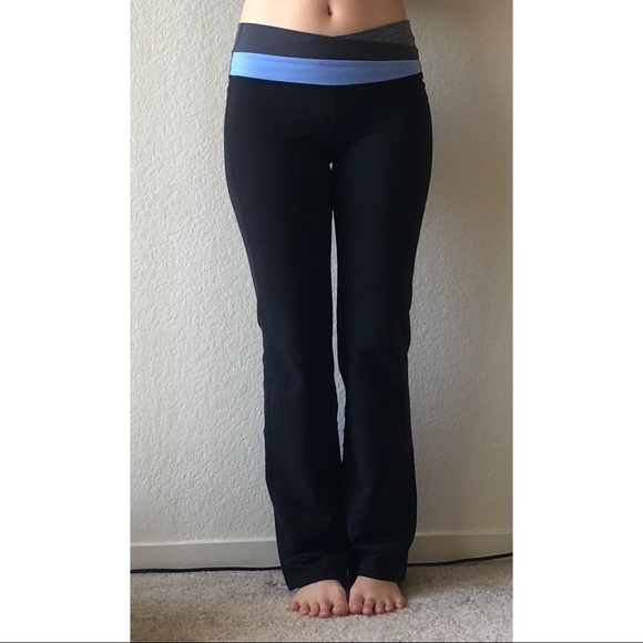 596ef2d08e lululemon athletica Pants - Lululemon Astro yoga pants flare leg black 4